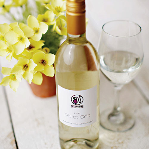 Bottle of Nostrano Pinot Gris